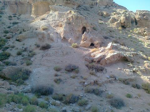 מערות הקבורה של הכוהנים מבית שני ביריחו