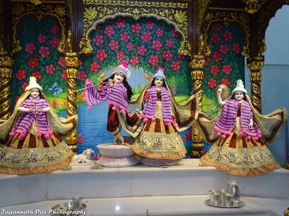 ISKCON Mira Road Deity Darshan 11 Jan 2016  (12)