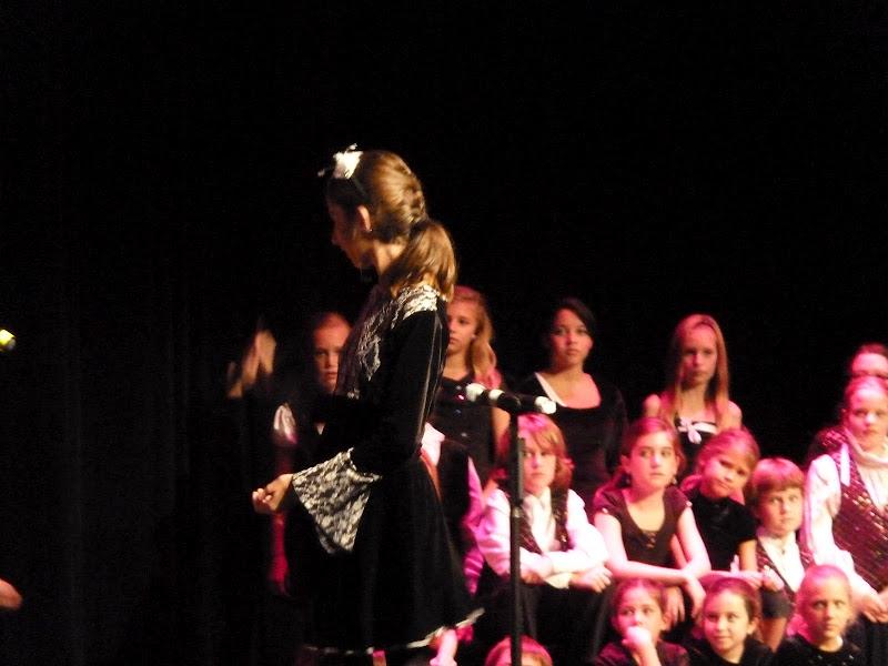Broadway Bound 2010 - P1000275.JPG