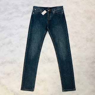 A. P. C. NEW Jeans 30x33
