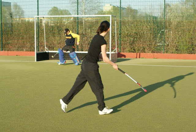 Trainingsalltag Damen - DSC00483.jpg