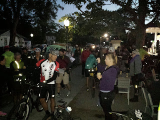 Norb getting ready to lead the neutral start out of Boise. The event was so well organized that we actually started on time.