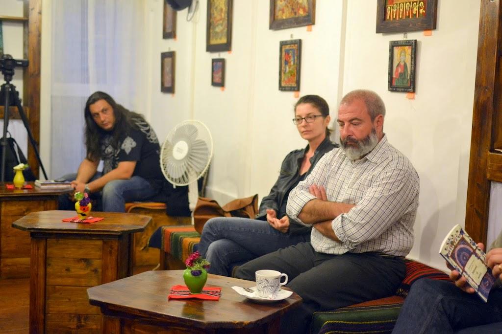 Seara literara - Editura Eikon lanseaza patru carti, La Vulturi (2014.09.03) 045