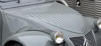 Citroën 1949 2 CV capot 23 cannelures