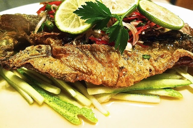 Deep fried fish thai style huang kitchen for What goes good with fried fish
