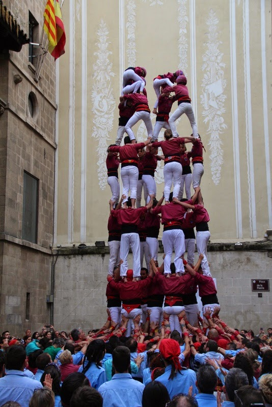 Actuació 20è Aniversari Castellers de Lleida Paeria 11-04-15 - IMG_8909.jpg