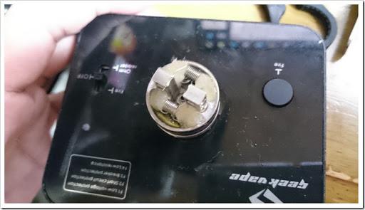 DSC 2159 thumb%25255B2%25255D - 【RDA】BFピンつきの超エキサイティンな24mmRDA!「GeekVape Tsunami 24 RDA」レビュー【ボトムフィード対応フォーエバーRDA!!】