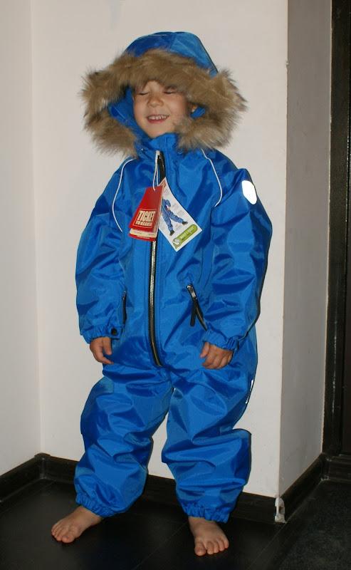 Одеваем деток в зиму - Страница 37 DSC09538