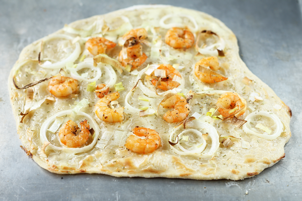 tarte flambée with shrimps