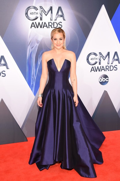 Kellie Pickler attends the 49th annual CMA Awards