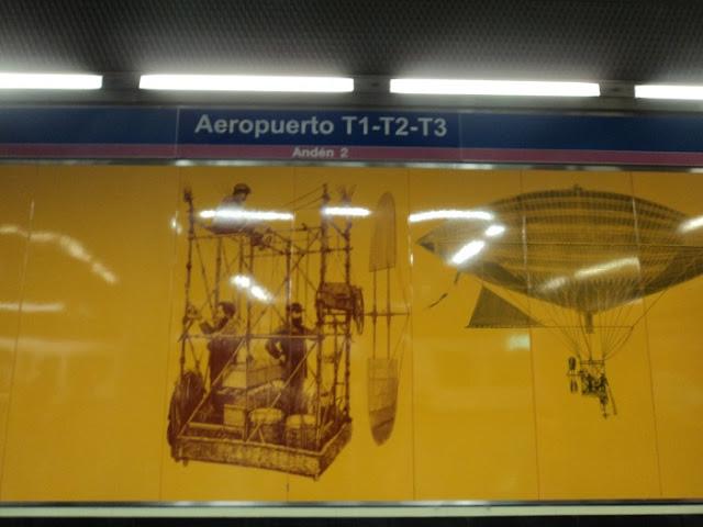 Estación de metro de Aeropuerto T1,T2 y T3
