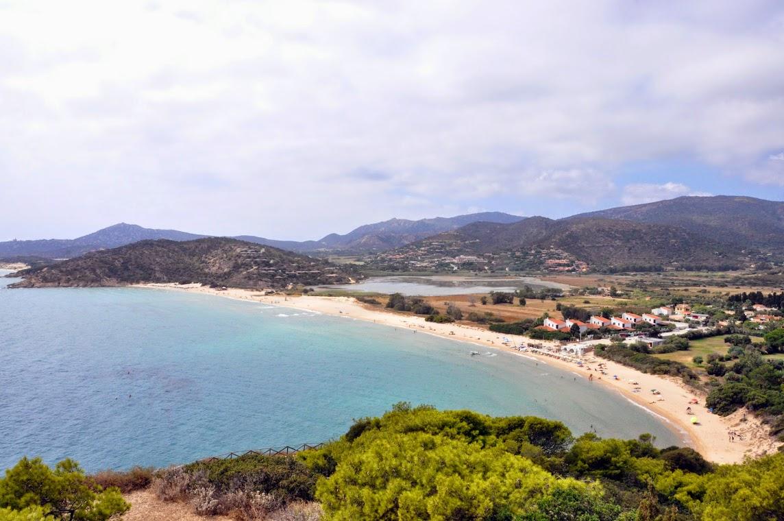 Общий вид пляжа Киа.