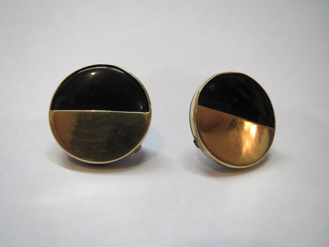 14kt and Black Onyx Earrings
