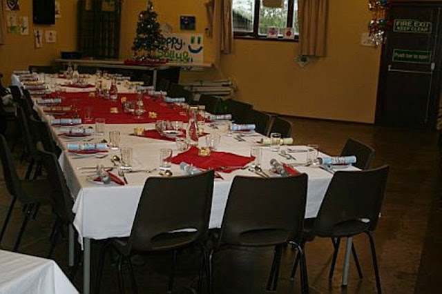 Pensioners Lunch - 11-12-2011 - penlunch%2B%25281%2529.jpg