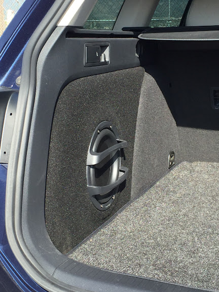 mk7 sportwagen custom fiberglass subwoofer. Black Bedroom Furniture Sets. Home Design Ideas