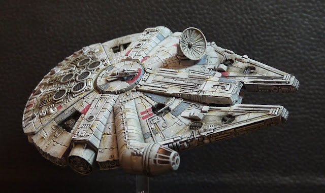 xwing-millenium-falcon-repaint-right-sid