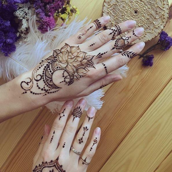 florais_e_a_lua