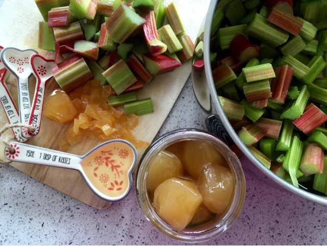 Foodie Quine - Edible Scottish Adventures: Rhubarb and ...