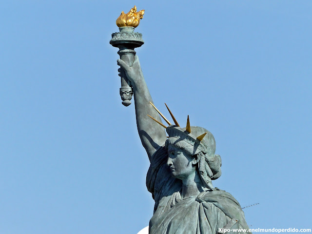 estatua-libertad-paris.JPG