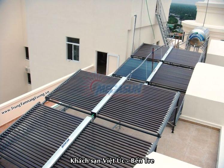 Hệ thống máy nước nóng NLMT tại Khách sạn Việt Úc, Bến Tre