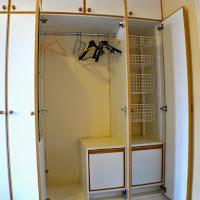 Room I-wardrobe