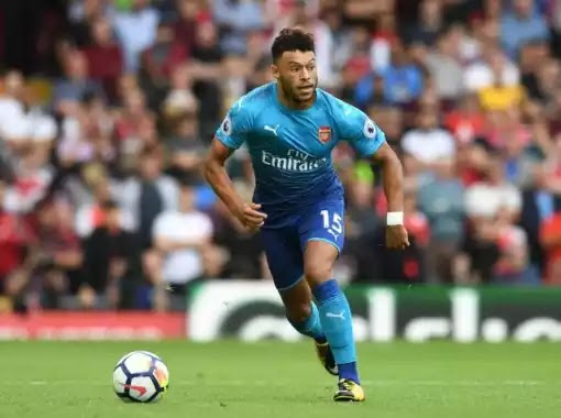 Ian Wright speaks on Oxlade-Chamberlain's move to Chelsea