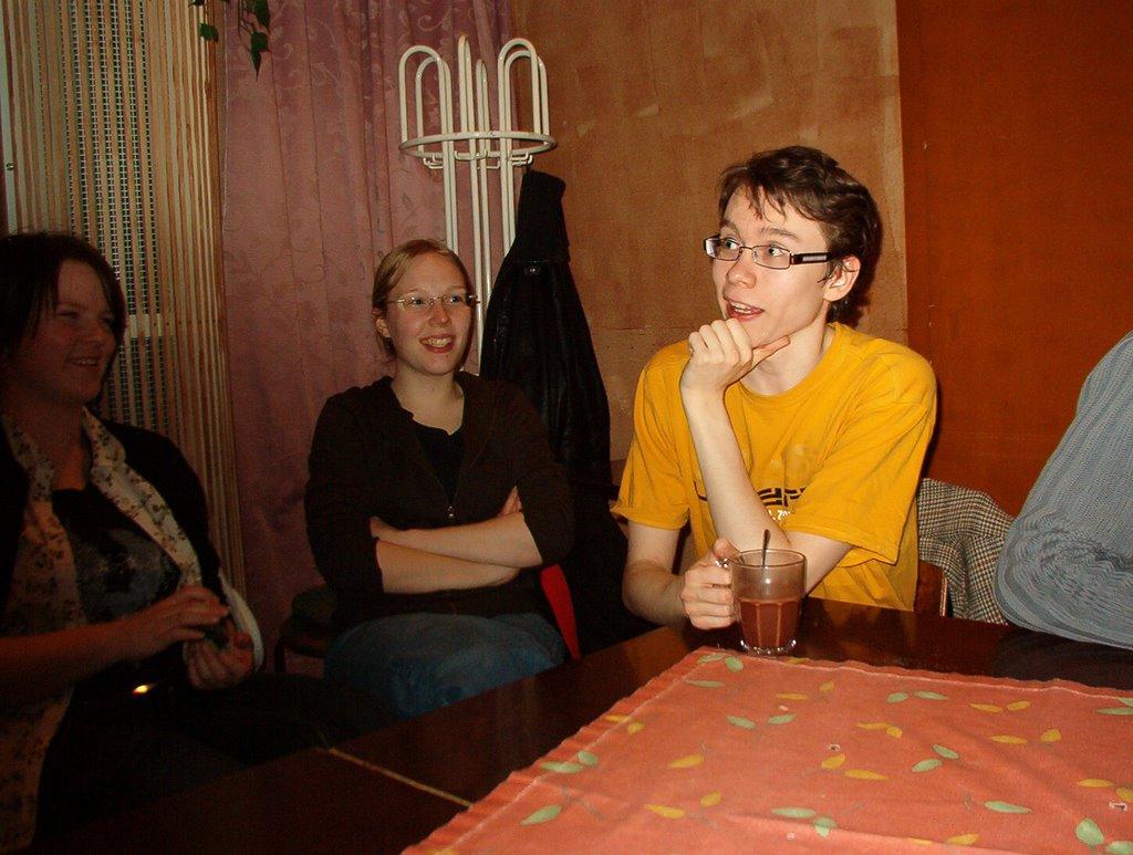 Peli-ilta syksy 2008 - IM002846.JPG