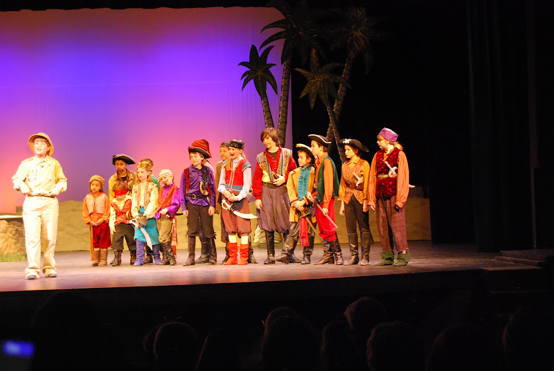 2012PiratesofPenzance - DSC_5865.JPG