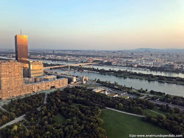 vistas-viena-desde-torre-del-danubio.jpg