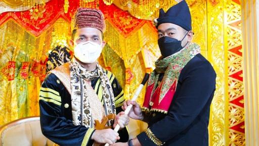 Bagala Datuak Rajo Nan Sati, Audy Joinaldy Ucapan Selamat Kepada Kapolres Padang