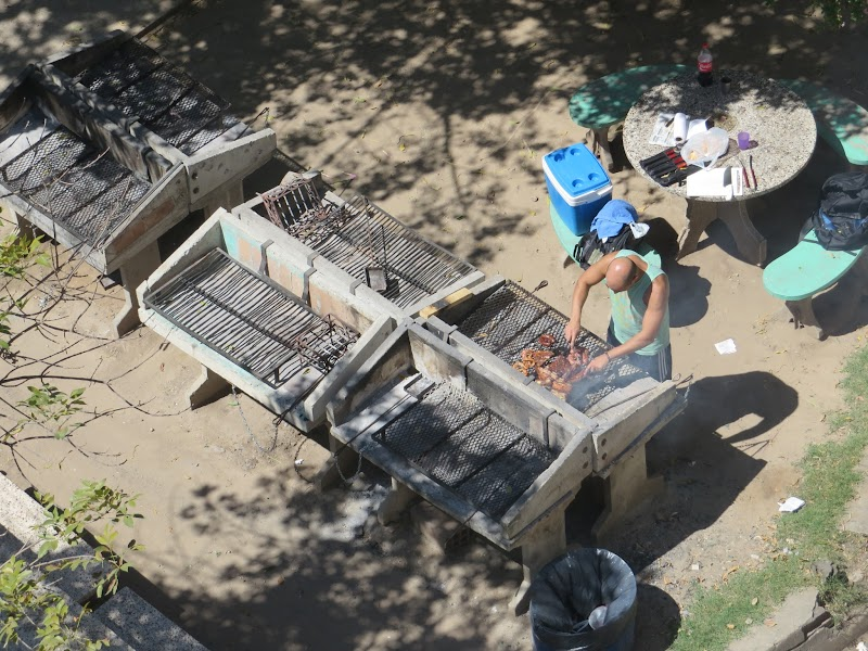 BBQ to rent in Rosario