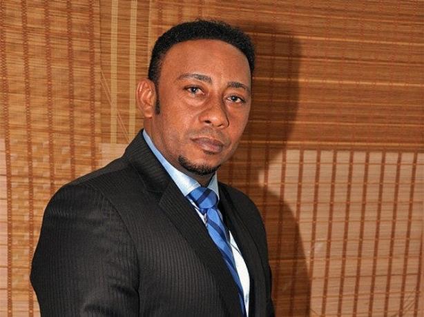 Bachatero Anthony Santos no acude a Fiscalía DN alegando citación fue irregular de parte de los querellantes