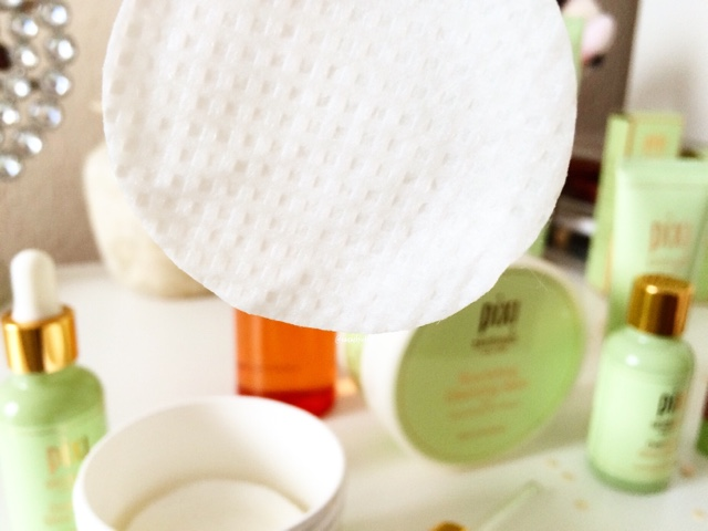 pixi glow peel pads review 20% glycolic for dry oily normal skin