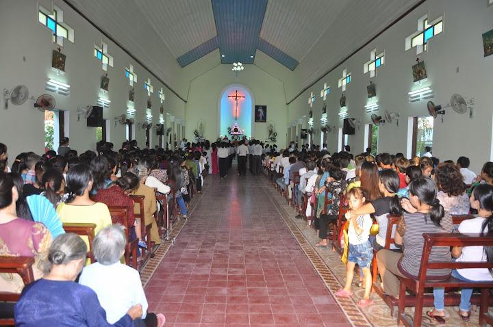 Thánh lễ ban Bí Tích Thêm Sức tại Ngọc Thạnh