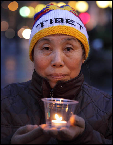 Self-Immolations in Tibet: Candle Vigil in Downtown Seattle - IMG_0456%2B1-28-12%2B72Aa%2BCandle%2BVigil.jpg