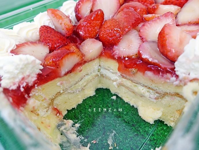 10 好市多必買 Costco 必買 網友推薦  新鮮草莓千層蛋糕