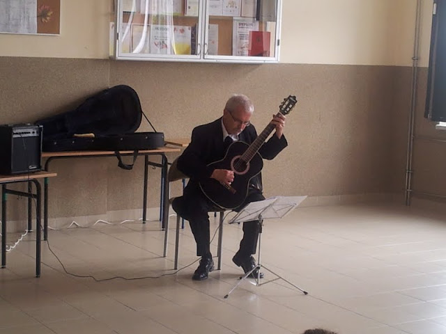 gitarzysta - 20130619_094412.jpg