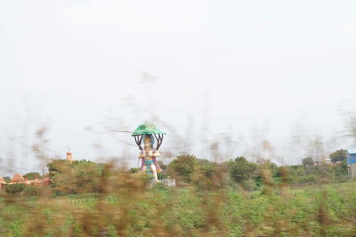 Omkareshwar and Hanmuntiya water resort - DSC06481.JPG