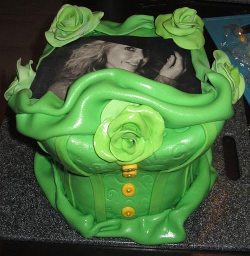 Korset taart met foto bovenkant.JPG