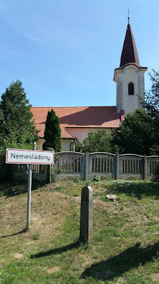 Die Dorfkirche zu Nemesladony