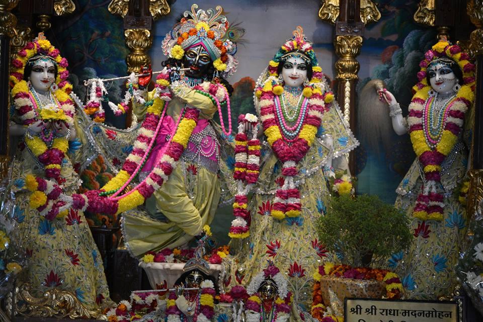 ISKCON Ujjain Deity Darshan 06 Jan 2017 (1)