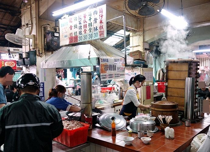 10 嘉義東市場牛雜湯、筒仔米糕、火婆煎粿