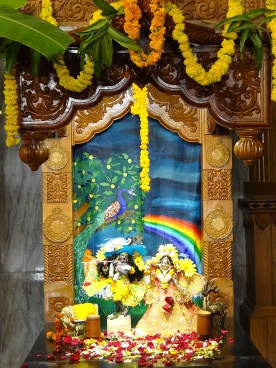 ISKCON Nigdi Deity Darshan 08 April 2016 (2)
