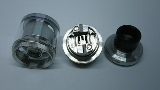 DSC 4005 thumb%255B2%255D - 【RTA】「Geek Vape Ammit 25 RTA」(ギークベープアメミット25RTA)レビュー。アメミットの新型はデカミット!?タンク容量バリエーションありのクラウド・フレイバー製造アトマ【電子タバコ/VAPE/爆煙/アトマイザー】