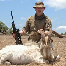 wild_goat_hunting_6L.jpg