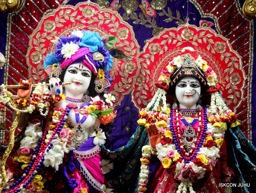 ISKCON Juhu Sringar Deity Darshan on 1st May 2016 (13)