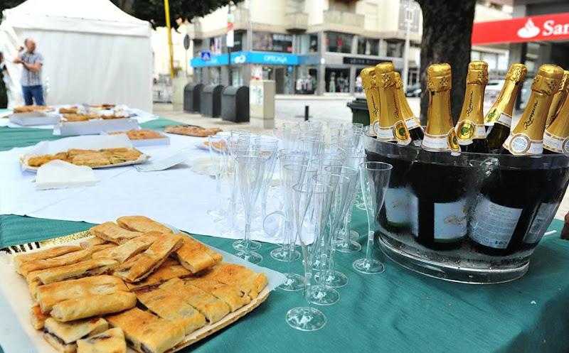 Feira da Bôla de Lamego uniu a dança à gastronomia