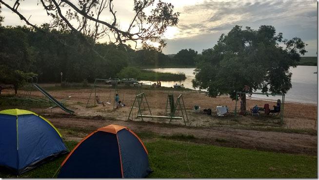 Camping-Santa-Julieta-area-de-areia-e-play