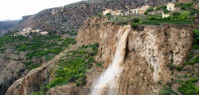 Oman - Al Jabal Al Akhdar waterfall