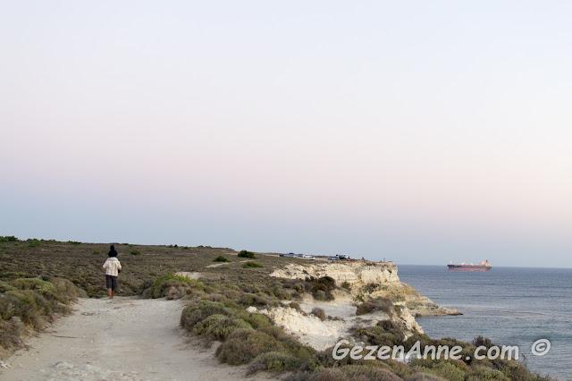 Günbatımında Polente'den dönerken